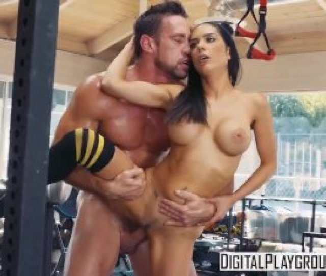 Barbell Boobs With Johnny Castle Tia Cyrus