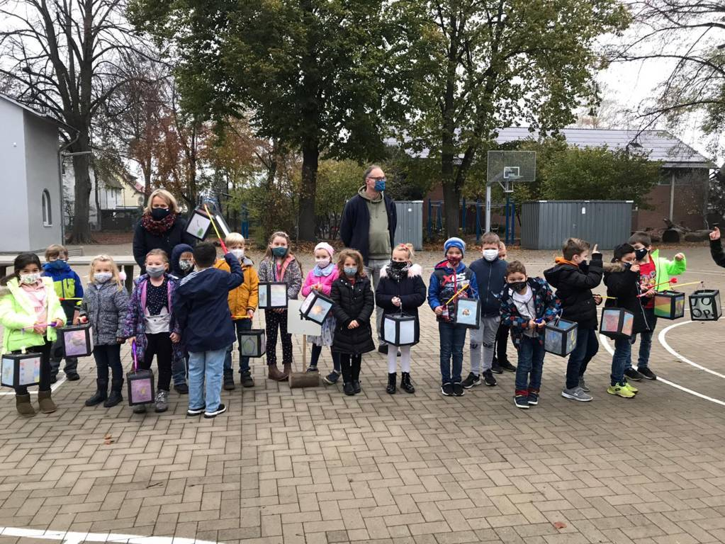 Martinsfeier Eichendorffschule 2020 (30)