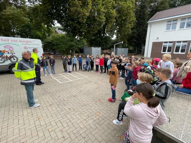 Radfahrprüfung Eichendorffschule 21.09.2021 (5)
