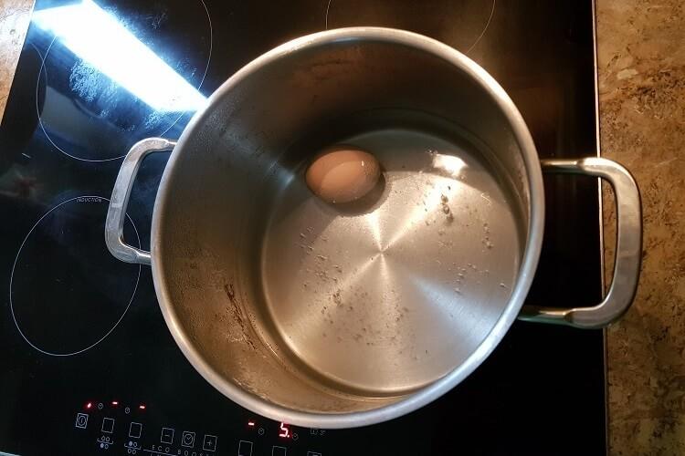 Eier kochen Kochtopf