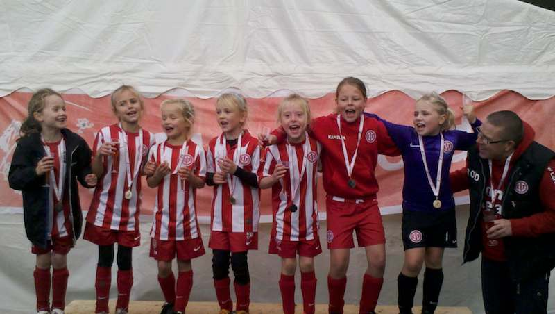 Klubbens U9 piger gjorde det for andet år i træk ? de er de bedste i Nordsjælland!