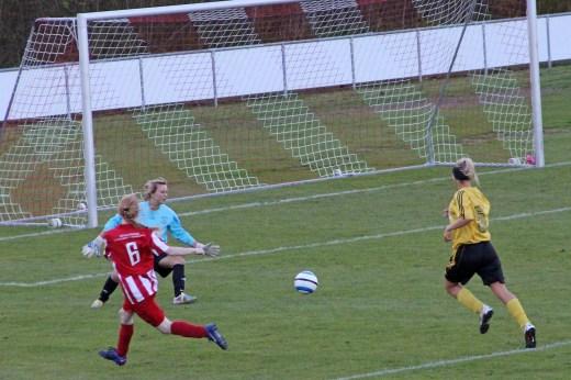Sara Kraup til 3-0 mod Strøby