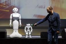 kalba robotai (Large)