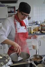 Lisa Zitzke vom Gasthaus Spieker in Hövelhof-Riege trat beim Wetbewerb in Kall für den Zweigverein Paderborn an. (Bild: Reiner Züll)