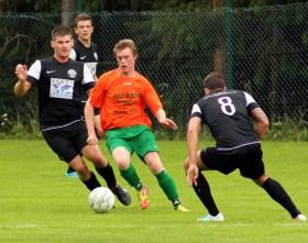 Sötenicher Kicker gegen drei KSC-Spieler