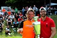 Für ein Jahr bleibt der Allianz-Peters-Cup beim Kaller SC