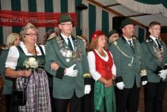 Das scheidende Königspaar Joachim und Petra Hees (links) mit dem neuen Königspaar Dieter und Silke Krahe. Rechts Vorjahresprinz Nico Hess. (Foto: Reiner Züll)