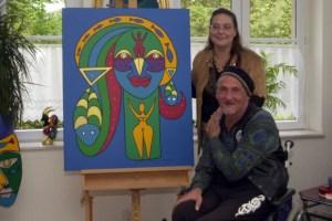 Auch die beiden Künstler Merlin Flu und Christine Schirrmacher aus Schleiden-Oberhausen beteiligen sich an den EAT. Archivbild: Michael Thalken/Eifeler Presse Agentur/epa