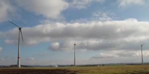 Ein unabhängiger Schallgutachter wird den Windpark Schleiden überprüfen.  Bild: epa