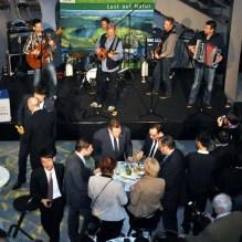 """Die Eifelrocker von """"Wibbelstetz"""" spielten beim Eifel-Ardennen-Abend in der NRW-Landesvertretung auf. Foto: Reiner Züll"""