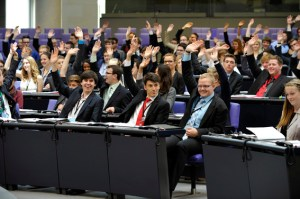 Eine simulierte Sitzungswoche im Bundestag erleben kann ein junger Mensch aus dem Kreis Euskirchen. Foto: Stella von Saldern/Deutscher Bundestag