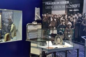 """Blick in die Ausstellung """"Kriegserleben im Rheinland"""" Bild: Hans-Theo Gerhards/LVR"""