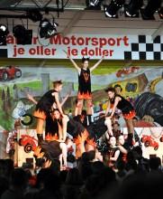 """Auch Mini-Teufel der Hellentaler KG """"Ruet Jold"""" tanzten bei der Kindersitzung in Kall. Foto: Reiner Züll"""