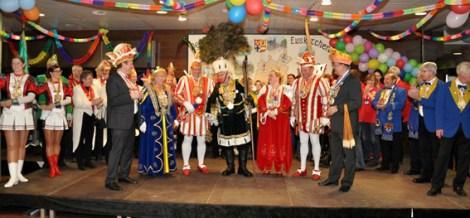 Festausschuss, Bleiföss und Prinzengarde stellen das Mechernicher Dreigestirn Foto: Reiner Züll