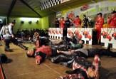 Am Ende lagen alle Westerntänzer auf dem Bühnenboden. Foto: Reiner Züll