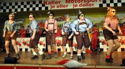 """Die Damen der vereinseigenen Gruppe """"Sahneschnittchen"""" sorgten auch in diesem Jahr für eine Überraschung. Foto: Reiner Züll"""