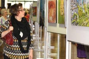 Beim traditionellen Herbstsalon verwandelt sich das Kreishaus in ein Kunstatelier. Bild: Medienzentrum Kreis Euskirchen