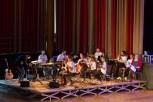 Organisator Achim Sondermann (l.) dirigierte die Musiker während der
