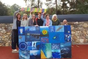 """Die Künstlerinnen und Künstler der """"Buntbunkerwelt"""" versteigern das """"Blaue Bild"""" für einen guten Zweck. Foto: privat"""