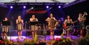 Die Oberkrainer Polka Mädels brachten Frauen-Power auf die Bühne. Foto: Reiner Züll