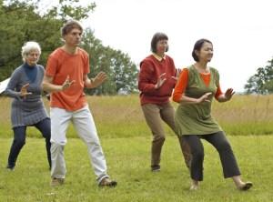 Qigong ist eine Mischung aus Meditation und Bewegung. Foto: Deutsche Qigong-Gesellschaft