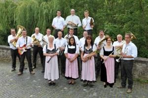 Die Ahrhüttener Musikanten mit Dirgent sorgen am Samstag, 14. Oktober, im Saal Gier in Kall für Oktoberfest-Stimmung. Foto: privat