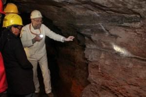 Auch untertage lässt sich in der Nordeifel, wie hier in der Grube Wohlfahrt in Recheid, so einiges entdecken. Bild: Michael Thalken/Eifeler Presse Agentur/epa
