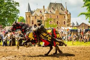 Die Burg Satzvey bietet die Kulisse für die spannenden Ritterfestspiele. Bild: Mike Göhre/ Burg Satzvey