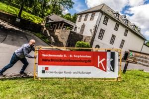 In Kronenburg laufen die Vorbereitungen zu einem Kulturfestival mit behinderten und nicht behinderten Künstlern. Bild: Robert Hanstein