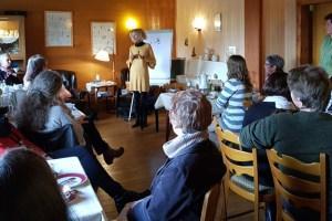 """Austausch in gemütlicher Runde: Das """"After-Work-Café"""" für Unternehmerinnen und Gründerinnen findet am 8. Oktober zum 10. Mal statt, diesmal auf der Wildenburg in Hellenthal. Archivfoto: Region Aachen"""
