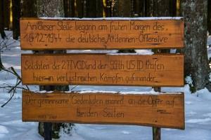 Gezeigt werden auch Fotos zum Thema aus der Region. Foto: Ralf König