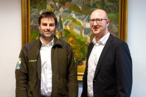 Florian Krumpen (links) und Bürgermeister Ingo Pfennings besprachen das weitere Vorgehen. Bild: Kerstin Wielspütz/Stadt Schleiden