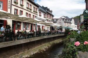 Die Stadt Bad Münstereifel möchte in der Corona-Krise die Gewerbetreibenden vor Ort unterstützen. Bild: Michael Thalken/Eifeler Presse Agentur/epa