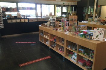 Der Museumsladen im LVR-Freilichtmuseum hat an den Adventswochenenden geöffnet. Bild: Hans-Theo Gerhards/ LVR