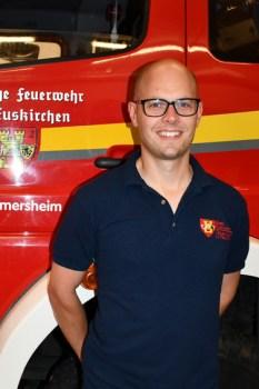 Der Löschgruppenführer der LG Palmersheim, Florian Witt, begrüßte die neuen Helfer. Bild: Tamara Empt/Kreis Euskirchen