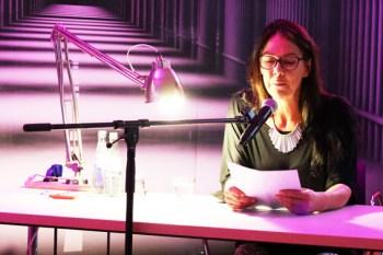 Von einer Chorprobe mit Todesfolge wusste Sabine Trinkaus zu berichten. Bild: Michael Thalken/Eifeler Presse Agentur/epa