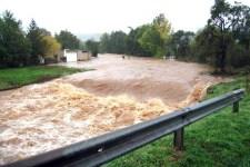 Im Jahr 2007 gab es das letzte große Hochwasser im Münstereifeler Raum, hier ein Bild aus Kreuzweingarten-Reeder. Bild: Erftverband