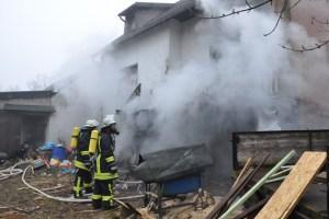 Auch zu diesem Brand mit Verletzten in Krekel musste die Kaller Feuerwehr ausrücken. Bild: Reiner Züll