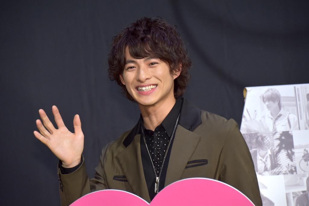 King&Prince平野紫耀、ファンに映画初主演を祝福され満面の笑み!髙橋海人との試写エピソードも