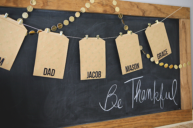 DIY Family Gratitude Garland. A sweet tradition you'll want to start this year.