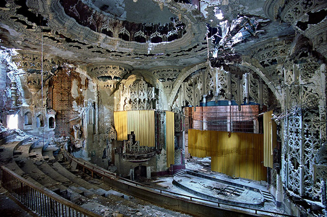 Ruined United Artists Theatre in Detroit