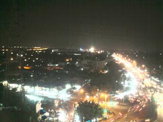 suasana jakarta | Kota Jakarta | Foto Macet Jakarta | Universitas Borobudur | Busway | Bus Transjakarta | Keadaan jakarta | Merantau | Tujuan Merantau | Resimen Mahasiswa Batalyon 027/BS Universitas Borobudur