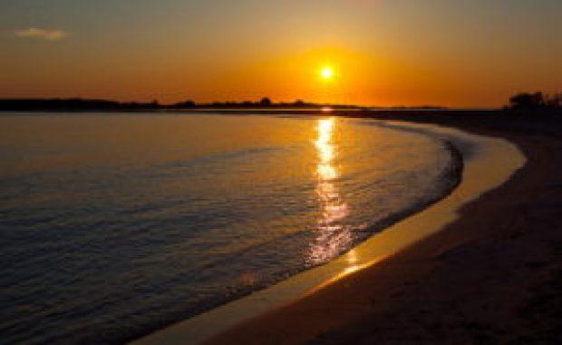 Το εξωτικό Ελαφονήσι διαθέτει και ένα εξωτικό ηλιοβασίλεμα.eikones.top