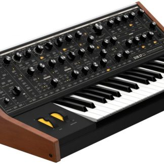 Moog Sub 37 Analoge Synthesizer