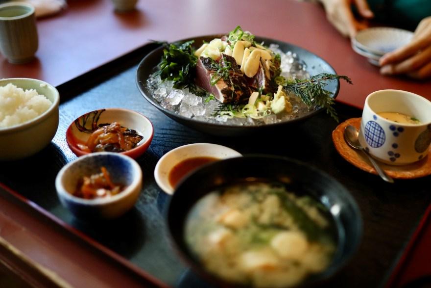 土佐海(とさうみ)|高知インター近く!新鮮な魚とお寿司が自慢の土佐料理店。