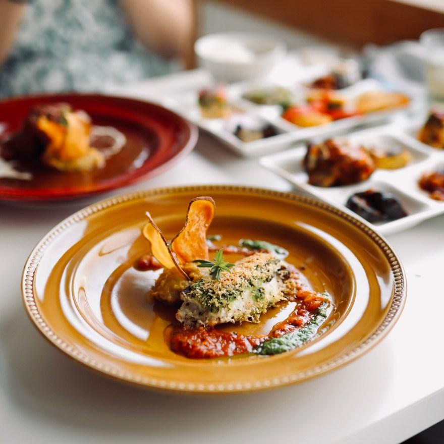 畑の食堂Copan(コパン)|南国野菜の美味しさを満喫できるビュッフェスタイルの食堂。