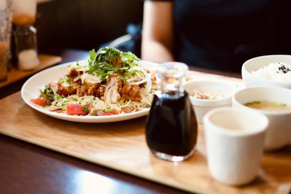ありときりぎりす(アリとキリギリス)|南国市緑ヶ丘で親しまれているカフェレスト&ケーキのお店。