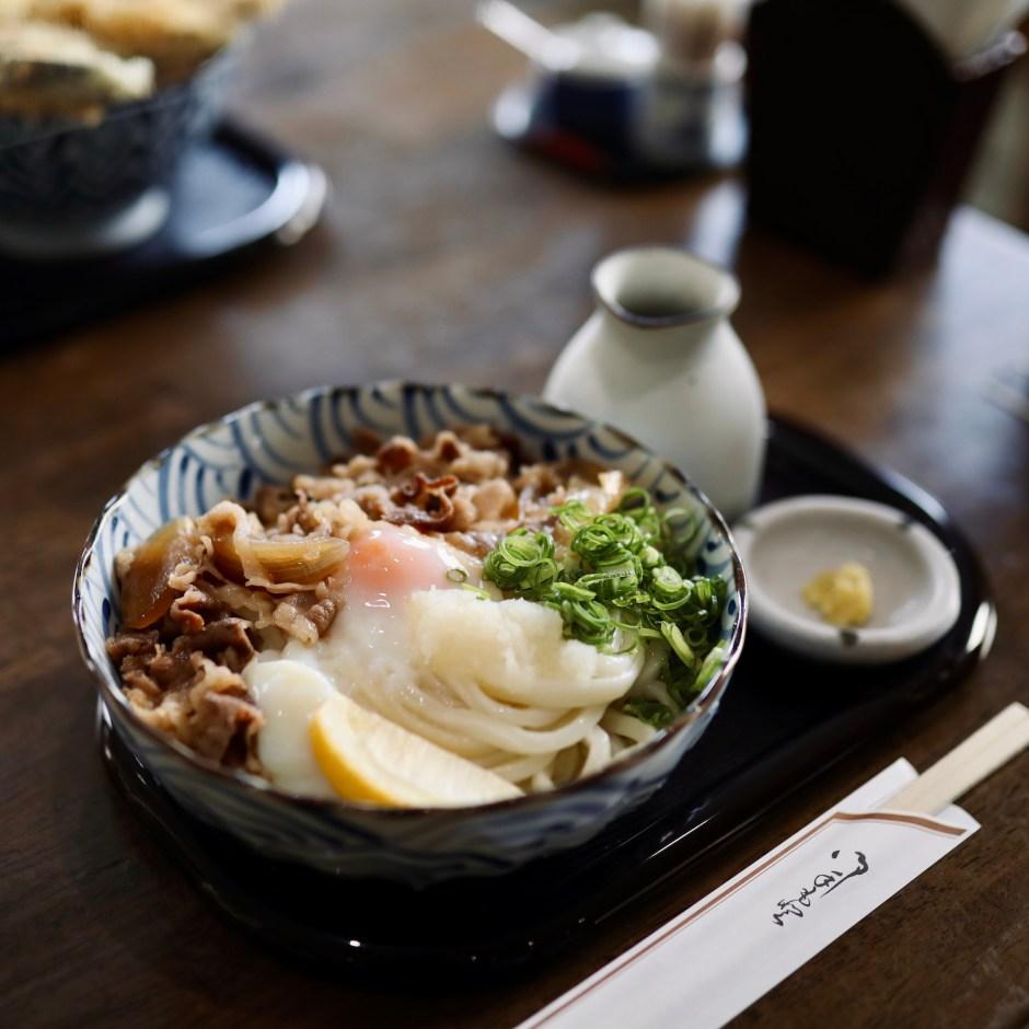 うどんの庄 真田(さなだ)|満足感のある食べ応え!行列のできる香南市野市町のうどん屋。