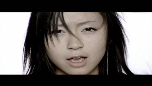 [2003.01.29] Utada Hikaru - COLORS (DVD) [480p]   - eimusics.com.mkv_snapshot_00.24_[2015.12.21_20.48.18]