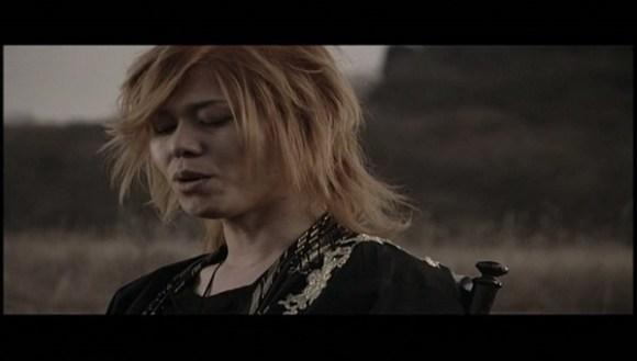 [2008.01.09] Kagrra - Irodori no Sanka (DVD) [480p]   - eimusics.com.mkv_snapshot_01.08_[2015.12.22_15.10.02]